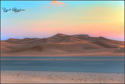 road sunset evening sand dubai uae goldenhour sanddessert