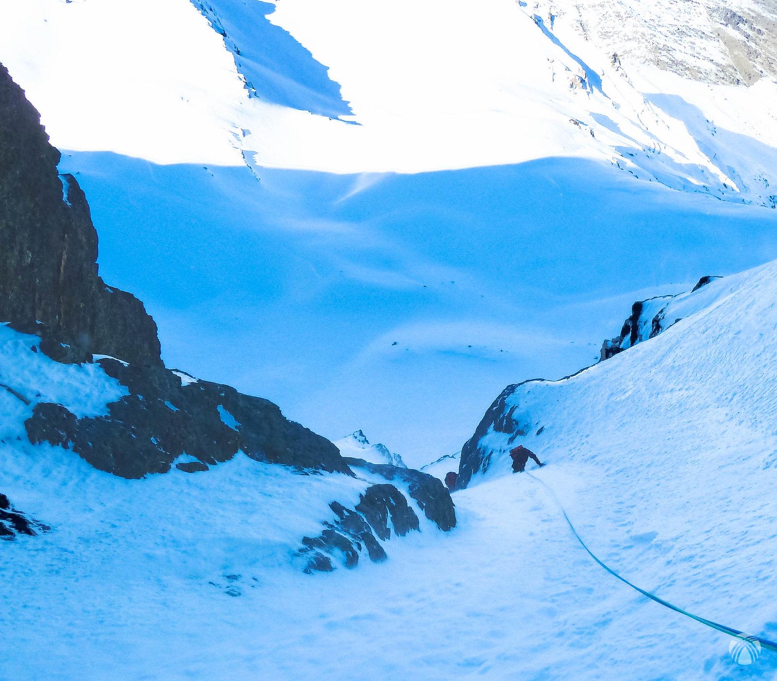 Saliendo a la enorme campa de nieve