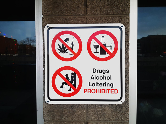 Prohibition Sign - English - Drugs Alcohol Loitering Prohibited