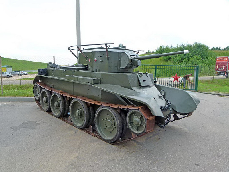 BT-7 (1)