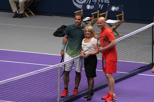 Pete Sampras, Elaine Paige, Andre Agassi | by tennis buzz