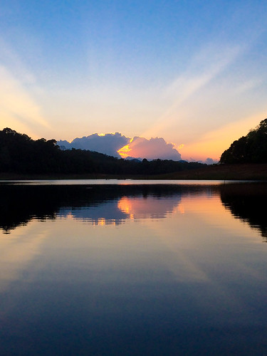 park new travel sunset orange india lake color colour reflection colors clouds colours tiger kerala national rays periyar iphone 5s