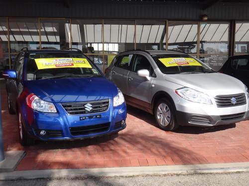 2013 Suzuki SX4 & 2014 Suzuki SX4 S-Cross Photo