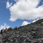 Climbing Otokomi Mountain