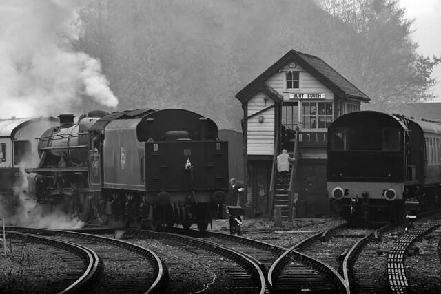 45407 The Lancashire Fusilier & 13594