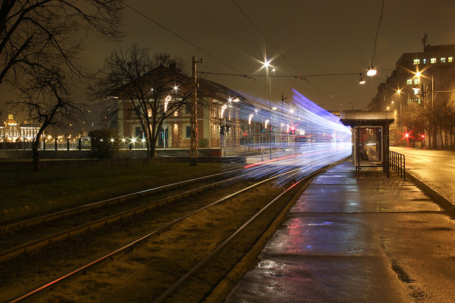 Christmas tram in Budapest 24 - leaving the Zsil street station