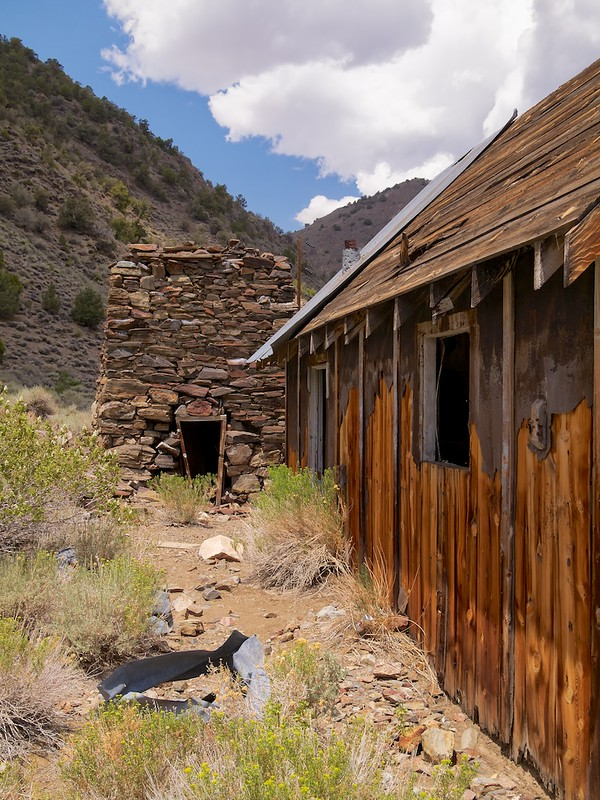 Inyo National Forest, White Mountains, Roberts Ranch, Cabin and Smelter
