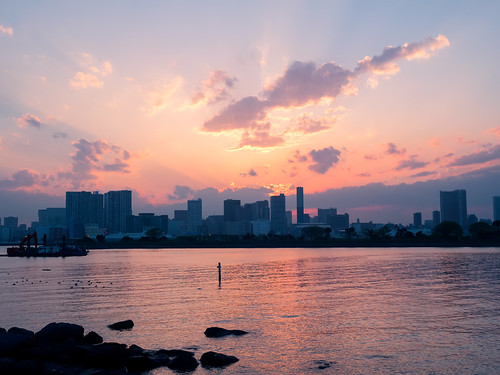 park travel sunset red sea sky seascape skyline clouds reflections landscape tokyo seaside glow cityscape silhouettes olympus 夕陽 日本 東京 odaiba magichour お台場 em1 台場 お台場海浜公園 1240mmf28 御台場海濱公園