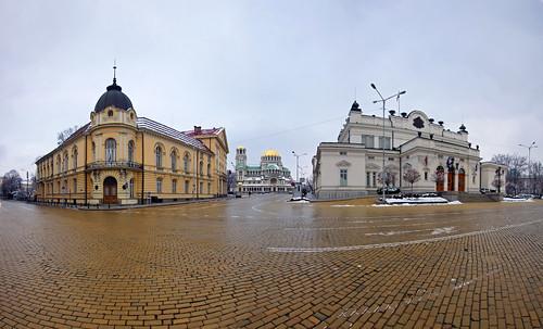 central sofia in wide angle | by mariusz kluzniak