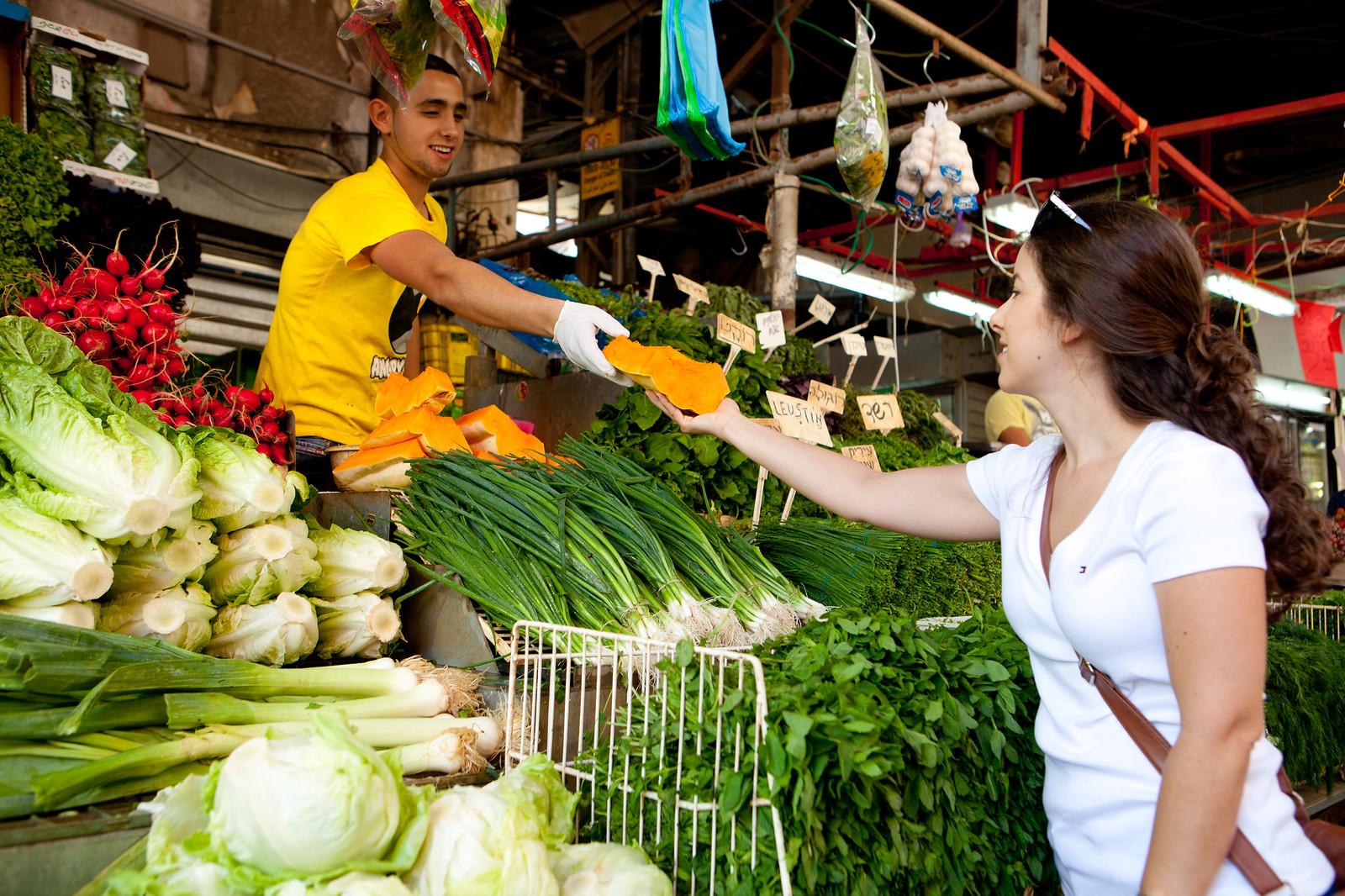 Tel Aviv_ Carmel Market _2_Dana Friedlander_IMOT