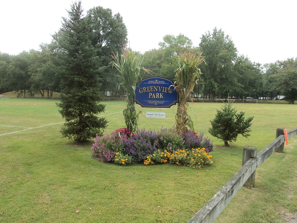2013-09-21 - Sign at entrance to Greenview Park | Jim Zigman