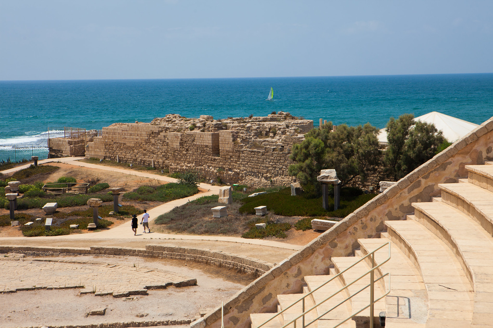 Caesarea amphitheater _ sea_Dana Friedlander_ IMOT
