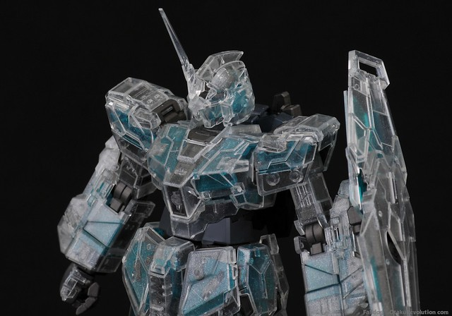 MG Clear Full Armor Unicorn - Snap Fit 17