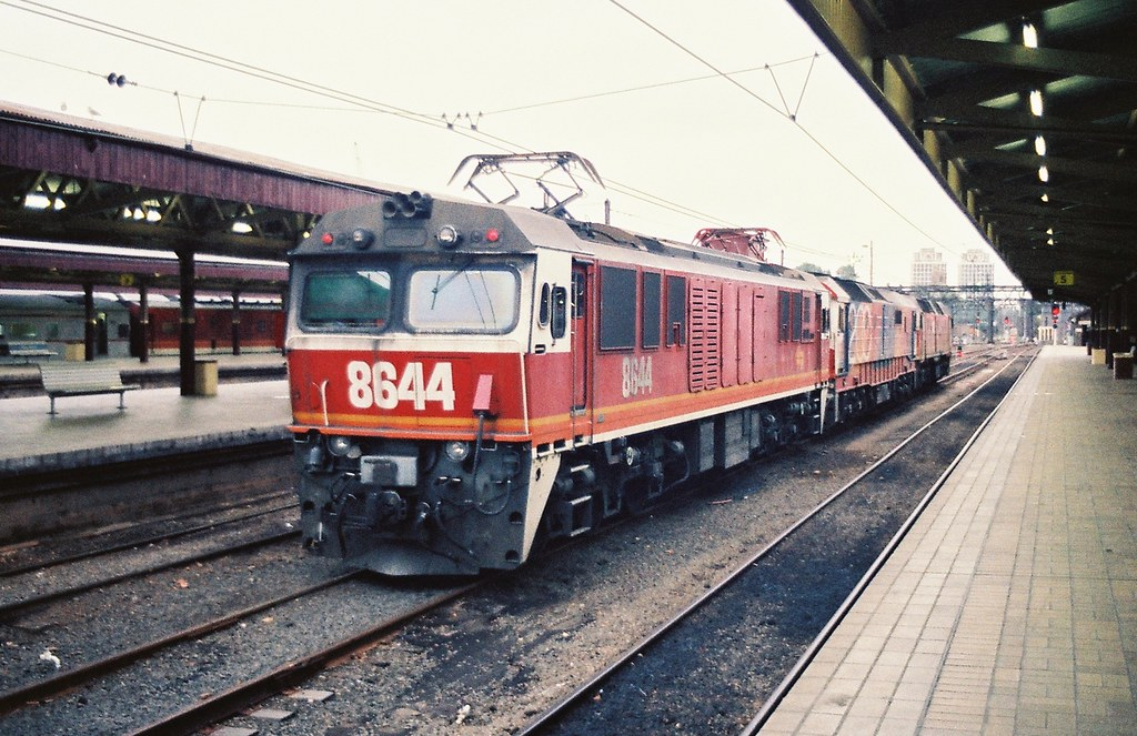 046-08 1991-01-15 8644 8172 and 42205 at Sydney Terminal by David Johnson