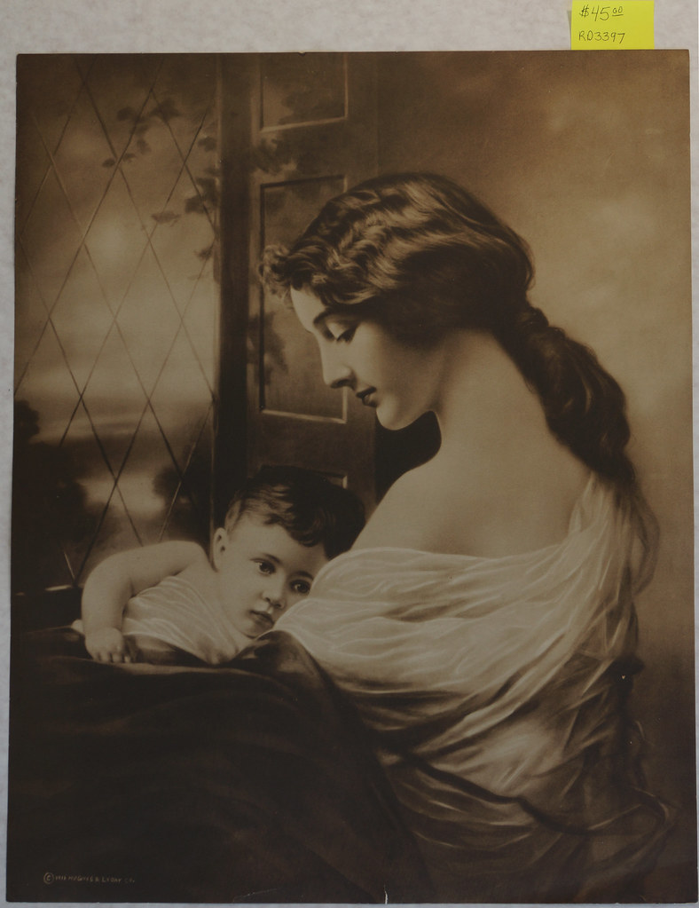 RD3397 © 1915 Hughes & Lyday Co. Woman and Baby DSC04969