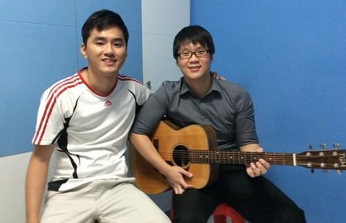 1 to 1 guitar lessons Singapore Shao Hui