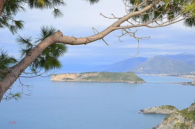 Praia a Mare - Isola di Dino vista dal Belvedere di San Nicola Arcella - EXPLORE 28/11/2013