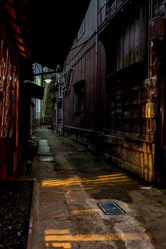 sunset japan alley chiba narita fujix100s