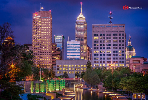sunset usa canon canal midwest downtown skyscrapers dusk indianapolis indy bluehour canalwalk canon60d indianapolisskyline swapanjha