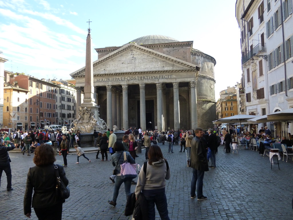 The Pantheon and Piazza della Rotondo – Rome on Rome   Pantheon Dome Exterior