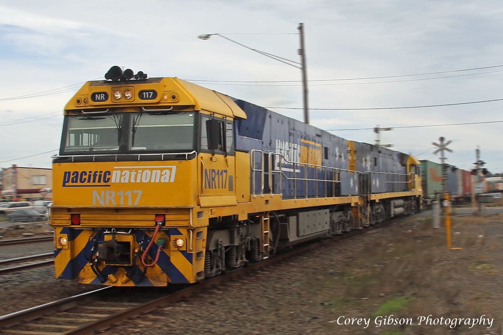 NR117 & NR31 speed through Nth Geelong with the 3AB6 by Corey Gibson