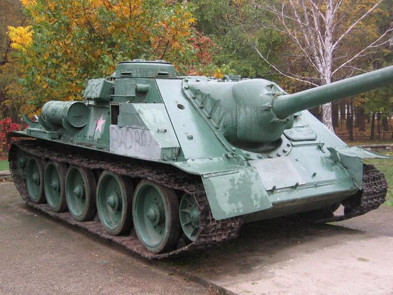 SU-100 Krasnodar (2)