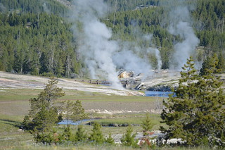 Sprinkler Geyser, Yellowstone NP | by Geographer Dave