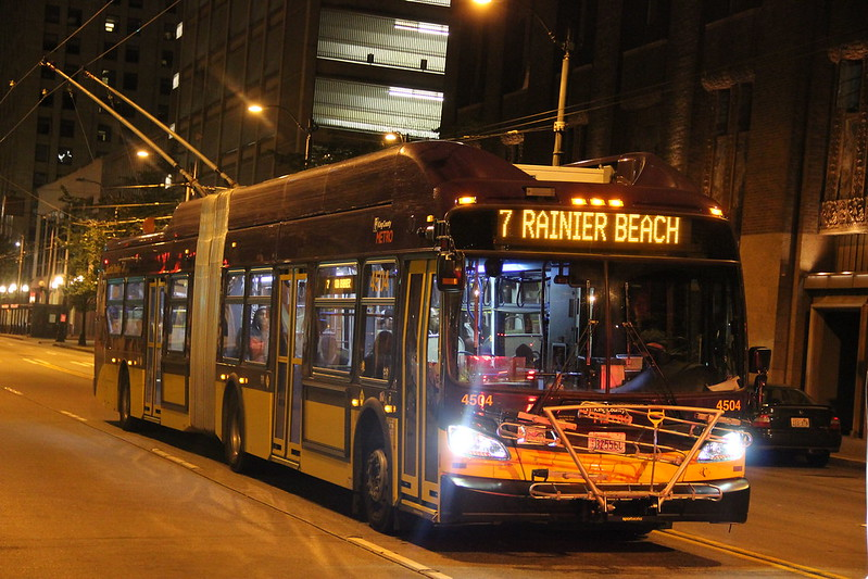king county metro 2015 New Flyer XT60 4504 in Night owl Rt.7