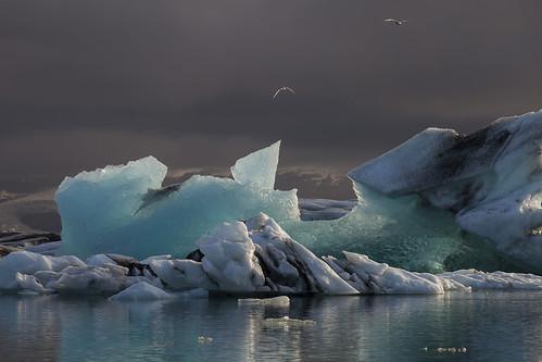 light sunset lake ice nature water landscape evening iceland lagoon glacier iceberg icelagoon jökulsárlon