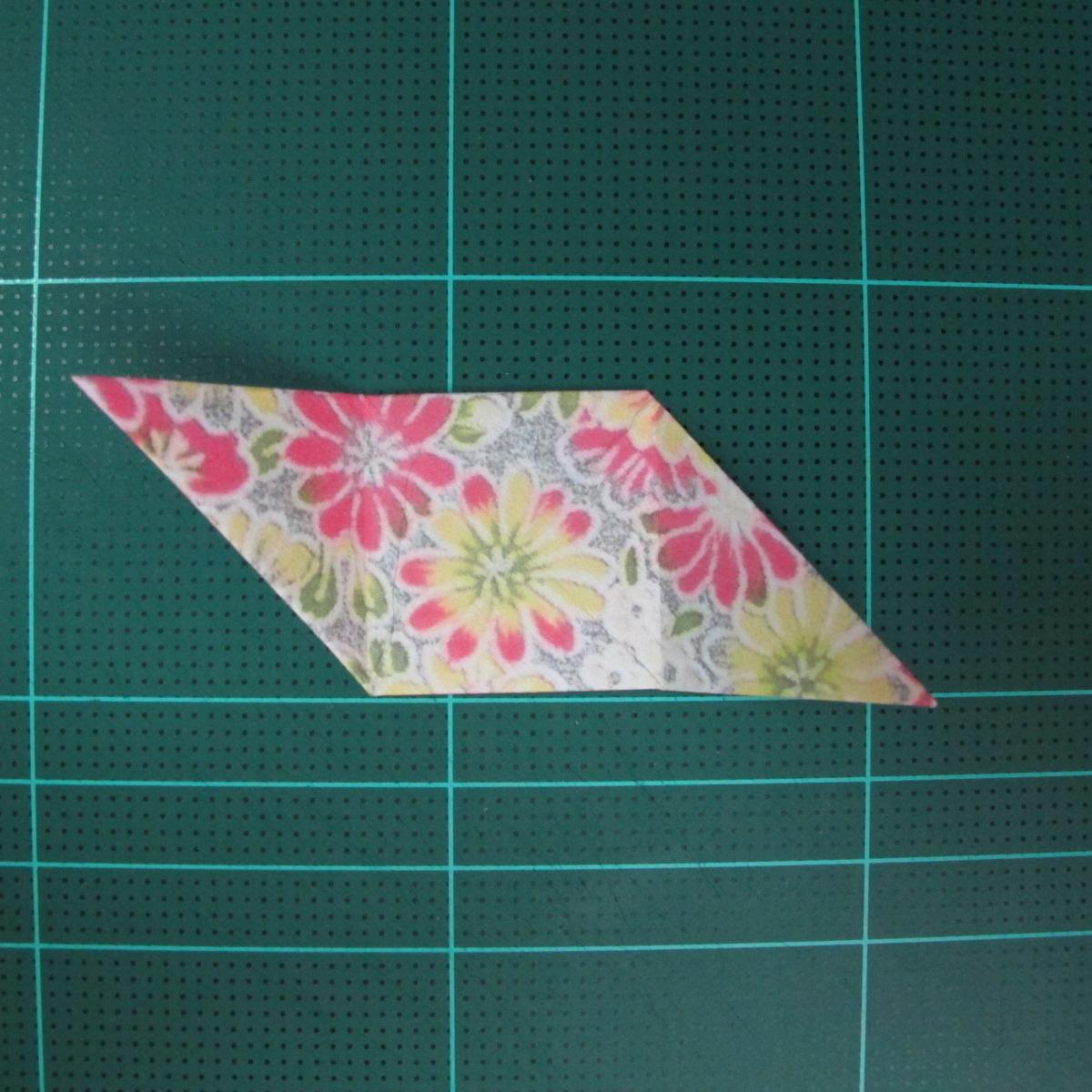 การพับกระดาษเป็นรูปเรขาคณิตทรงลูกบาศก์แบบแยกชิ้นประกอบ (Modular Origami Cube) 016