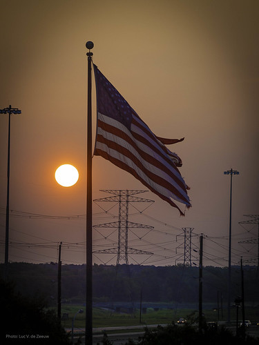 sunrise texas unitedstates houston americanflag torn starsandstripes tornamericanflag