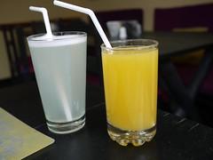 日, 2013-08-18 14:16 - レモネードとオレンジジュース