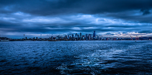 seattle blue sea building water skyline clouds buildings evening bay harbor washington office waterfront unitedstates state pacific northwest cloudy harbour dusk gray overcast front sound wa puget skyscaper skyscapers mygearandme flickrstruereflection1 ilobsterit