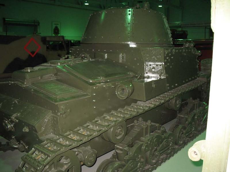 Fiat M13-40 (3)