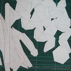 สอนทำโมเดลกระดาษเป้นรูปแจกันโบราณ (Papercraft Model Flower Vase) 002