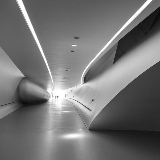 Zaha Hadid architects. Zaragoza bridge pavilion #1