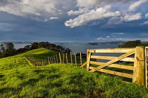 newzealand cloud fence bay northisland dramaticsky rodney paddock kawauisland haurakigulf farmgate aucklandarea kawaubay scandrettregionalpark kiwigatelatch