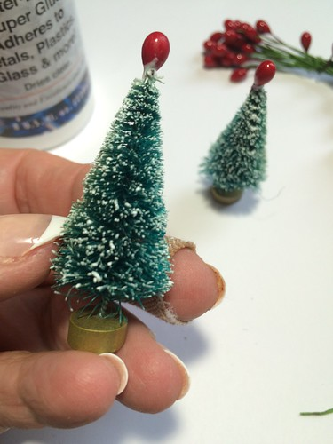 adding pips to bottle brush trees | by christmasnotebook