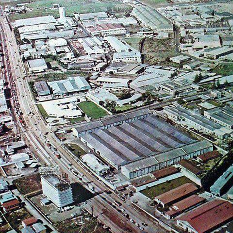 EDSA, 1960's Noong malaya pa sa mga fly over. Noong malaya pa sa mga nagtataasang building. Noong malaya pa sa masikip na traffic. Noong malaya pa sa polusyon.  Photo grabbed from Old Manila