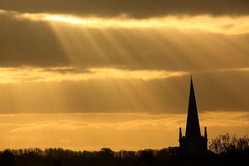 sun clouds golden evening october journey rays moment buckingham 2015
