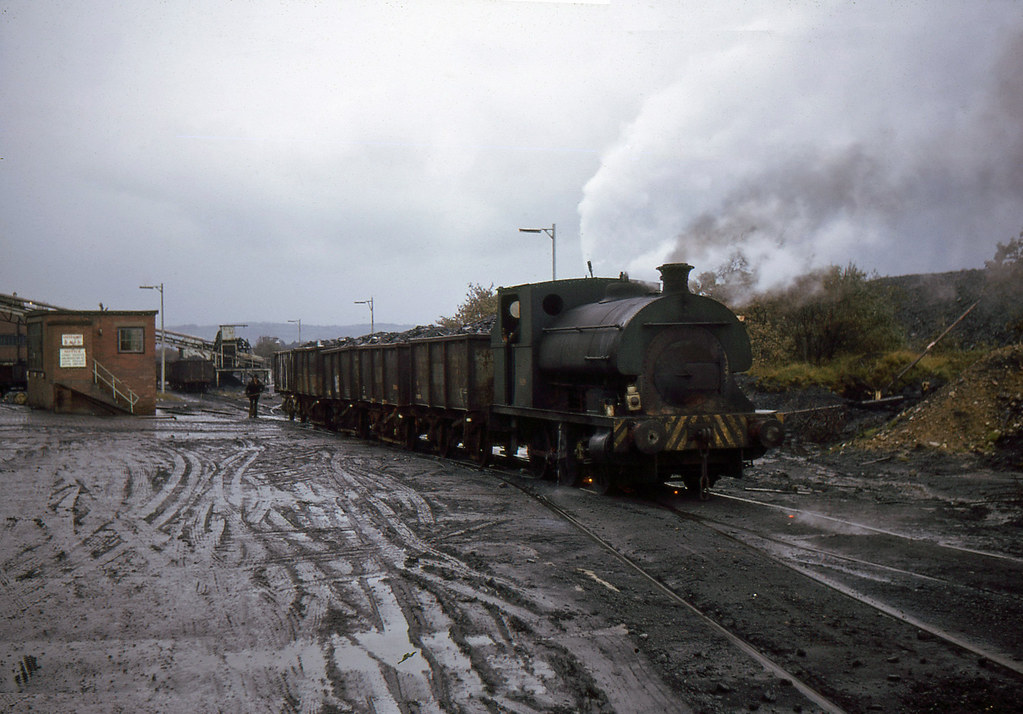 OCT 74R 18. Pecket 0-6-0ST 1426 at Brylliw colliery, September 1974