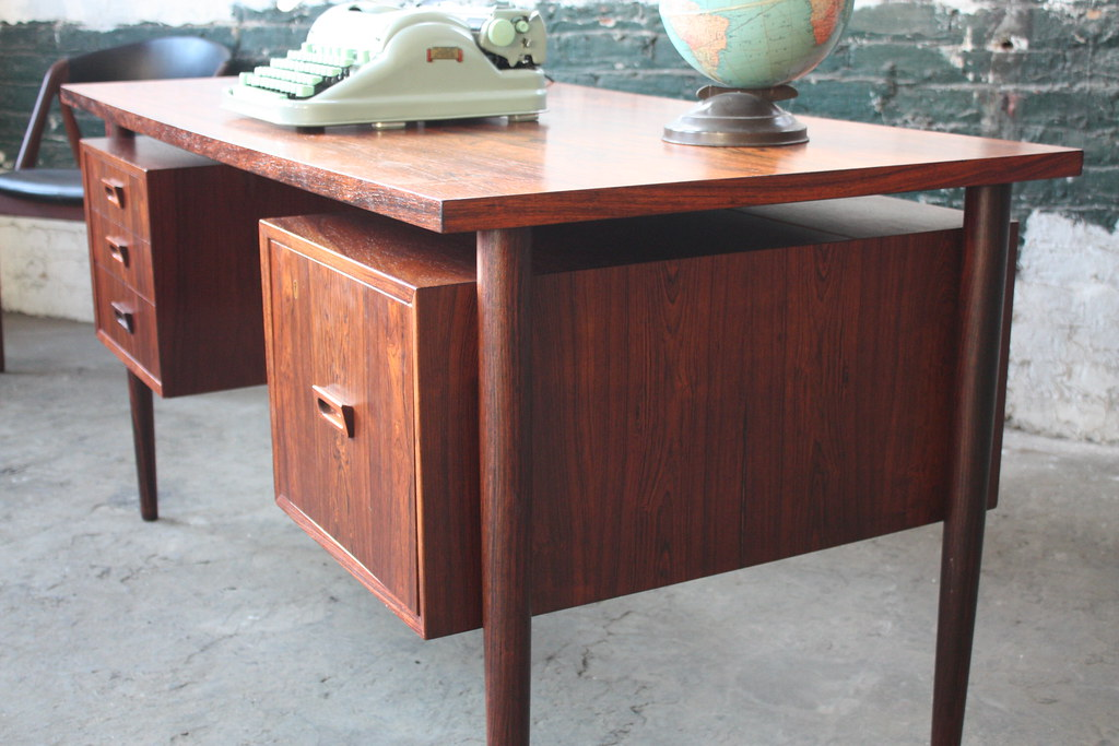 Image of: Fan Flippin Tastic Danish Mid Century Modern Floating Top Rosewood Desk Denmark 1960s A Photo On Flickriver