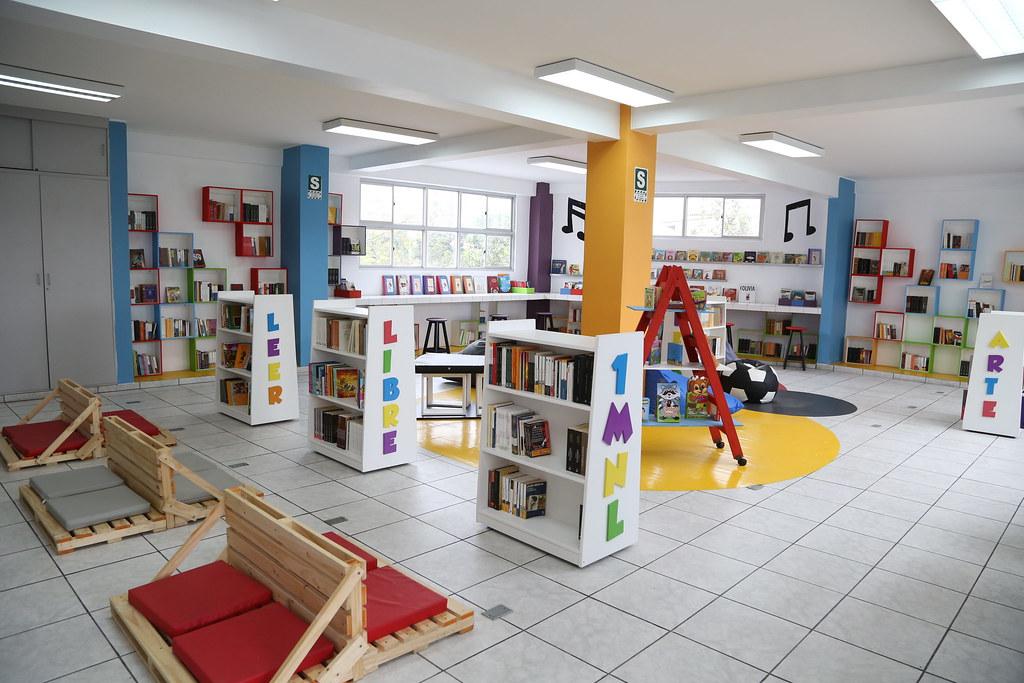 Inauguración de nueva Biblioteca escolar en el colegio Jua