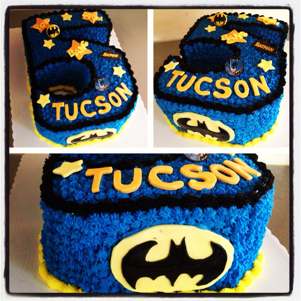 Excellent Batman Themed Birthday Cake Yahairam Flickr Personalised Birthday Cards Arneslily Jamesorg