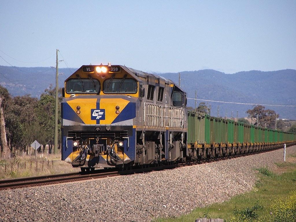 Locos VL359+VL351 lead a loaded Qube operated Ore train -19/9/13 by Adam Serena