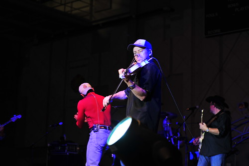 Aaron Tippin's Stars for Stripes Tour 2013 | by U.S. Army Garrison Casey