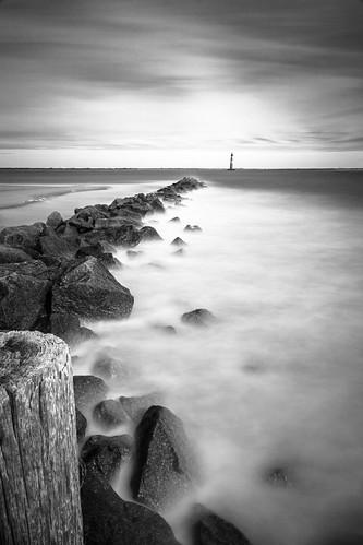 ocean longexposure lighthouse beach sunrise timelapse exposure lighthouses southcarolina charleston filter follybeach ndfilter morrisisland morrisislandlighthouse