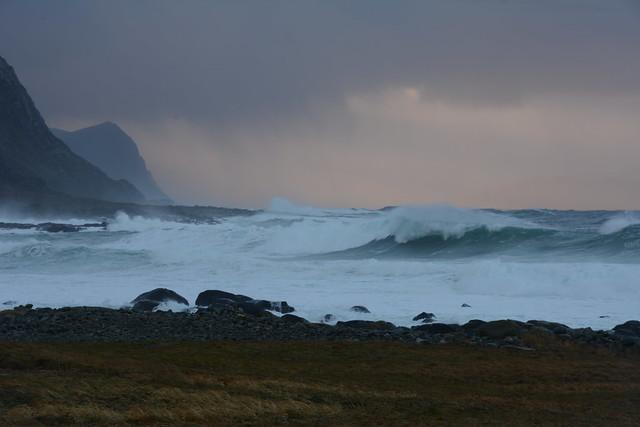 Angry sea at Alnes