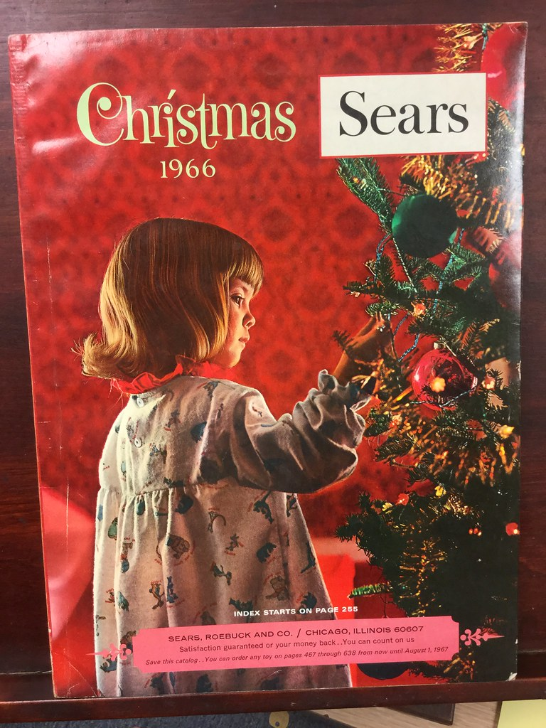 Sears Christmas Wish Book.1966 Sears Christmas Catalog 637 Numbered Pages Chicago