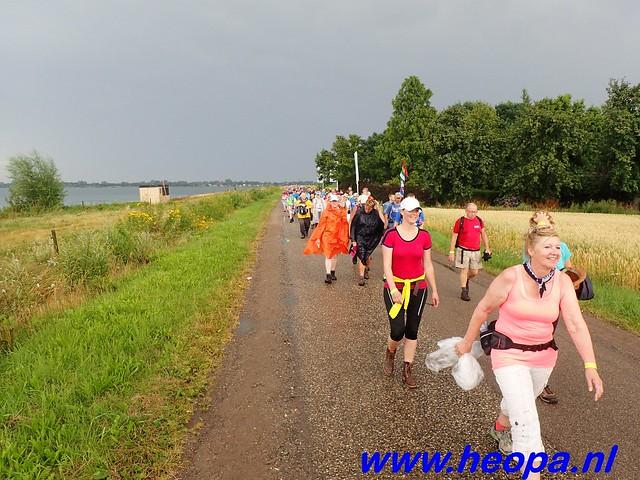 2016-07-22   4e     dag Nijmegen      40 Km   (84)